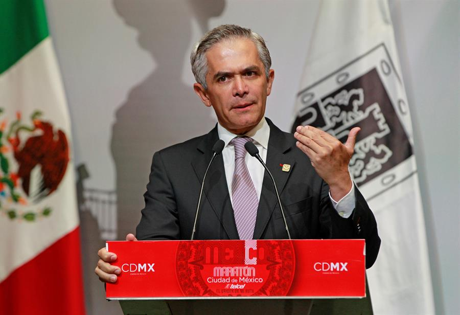 Mancera impugnará resolución de inhabilitación