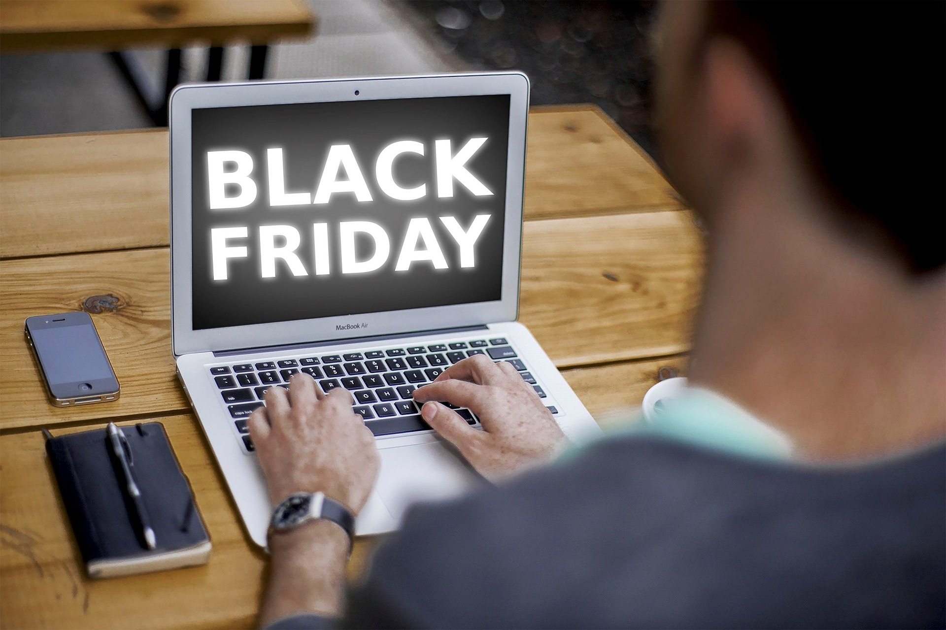 Aumentan compras en internet en Black Friday