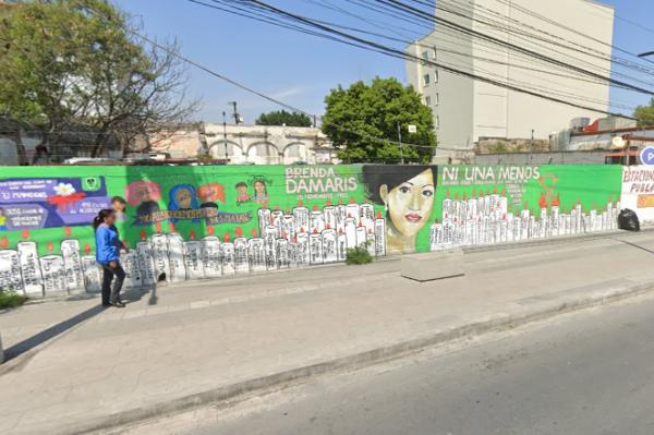 Candidato del PRI borra mural de víctimas de feminicidio