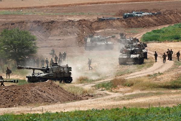 Sostiene Antony Blinken el derecho de Israel a defenderse