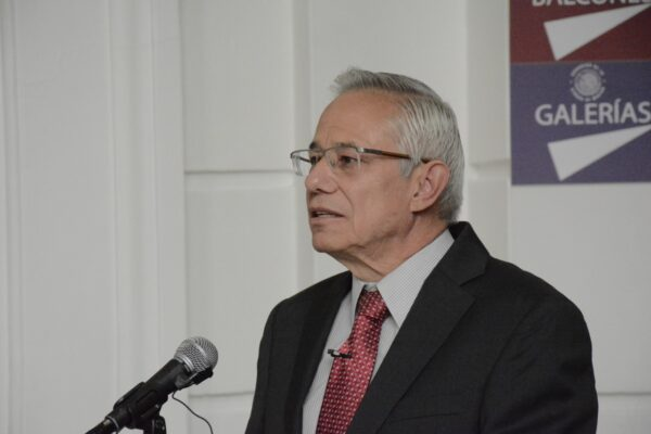 Conferencia de Jorge Gaviño