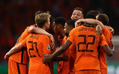 Holanda descifra y vence a Ucrania