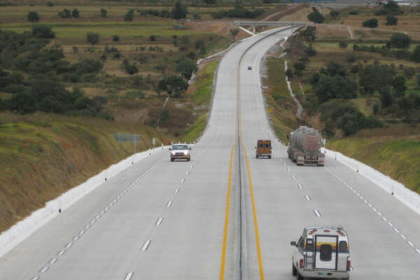 Se registró asalto masivo en carretera Arco Norte