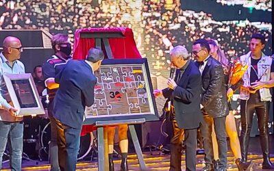 Gerardo Quiroz celebra 30 años de carrera con padrino de lujo.