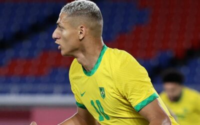 Brasil inicia con el pie derecho y le pega a Alemania