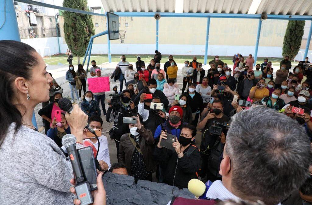 """Padres de familia demandan escuela """"segura"""" en Cuajimalpa"""