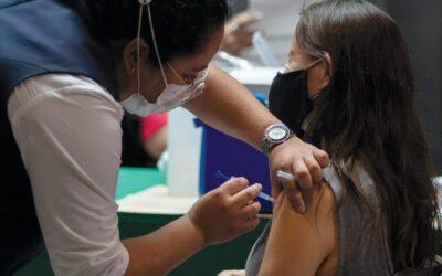 Inició vacunación para jóvenes de 18 a 29 años en GAM