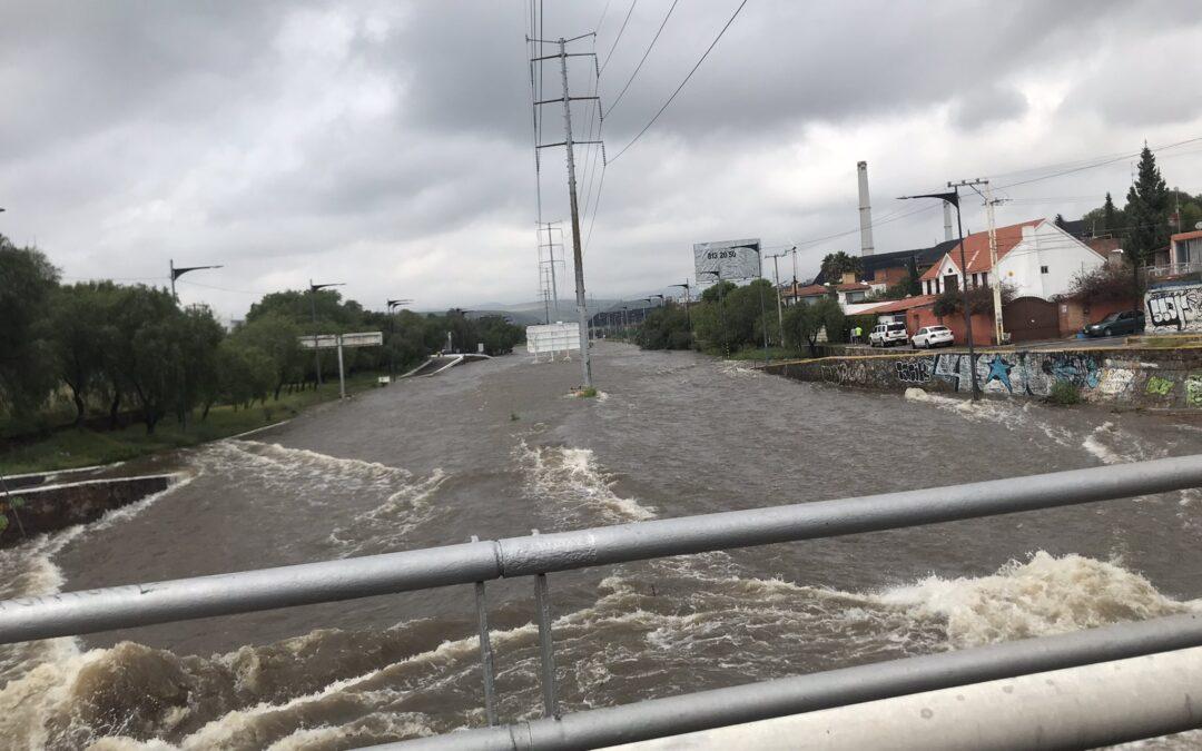 Fuertes lluvias inundan la zona metropolitana de San Luis Potosí