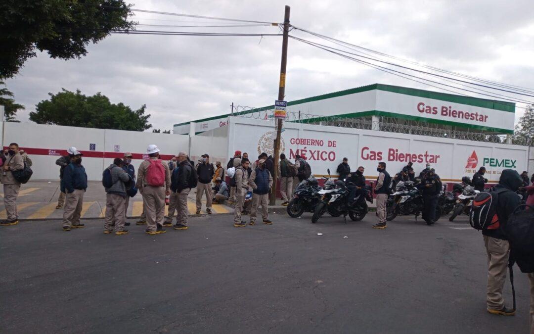 Trabajadores de Gas Bienestar protestan por incumplimiento en salario
