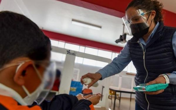 18 mil escuelas particulares podrán cerrar por NOM 237