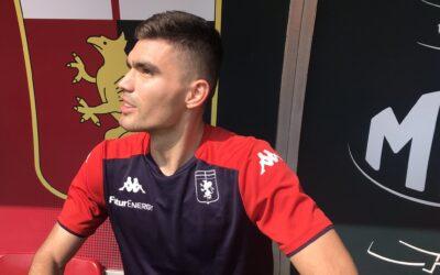 Johan Vásquez continúa sin ver acción con el Genoa