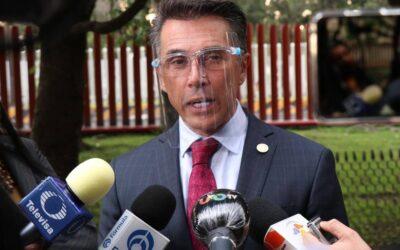 Intentan Hackear a Sergio Mayer y sospecha de un famoso