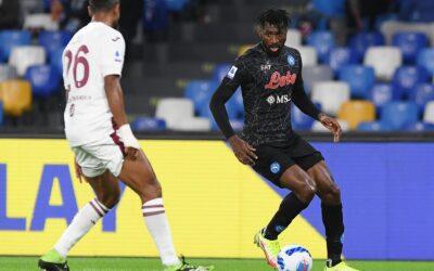 Napoli mantiene el paso perfecto en Serie A