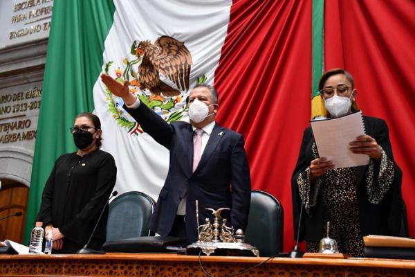 Concluir hospitales en Edoméx costará mil millones de pesos