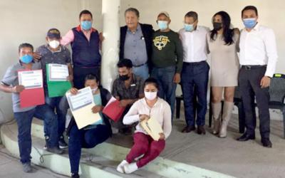 Edoméx ayuda a floricultores de Atlacomulco
