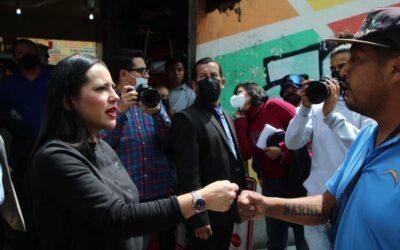 Sandra Cuevas se deslinda de actos de extorsión en su nombre