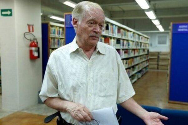 Ángel Díaz Barriga, especialista de la UNAM   Héctor Téllez