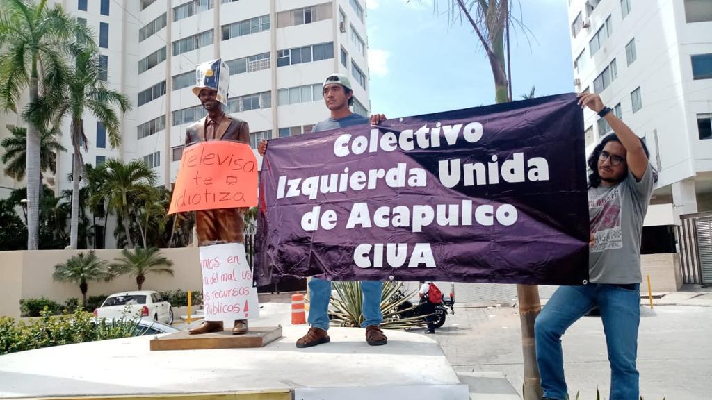 Continúan los ataques a la estatua de Eugenio Derbez