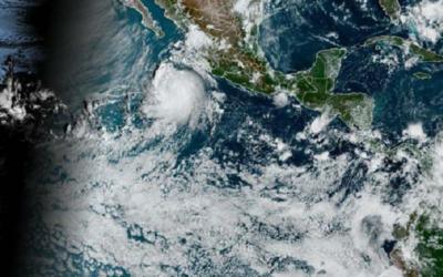 Huracán Pamela obliga a suspender clases en Sinaloa